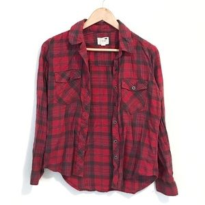 LA Hearts Long Sleeve Red Plaid Button Up Flannel